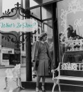 vintage-woman-shopping