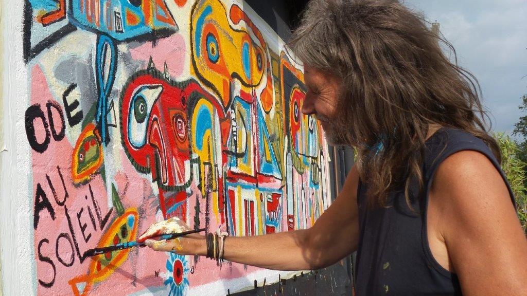 Kunstenaar brengt de zon naar Ottenhome