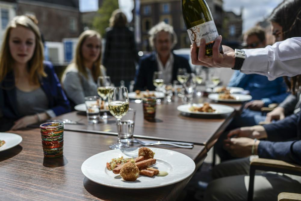 Maak een wijnwandeling door Hilversum