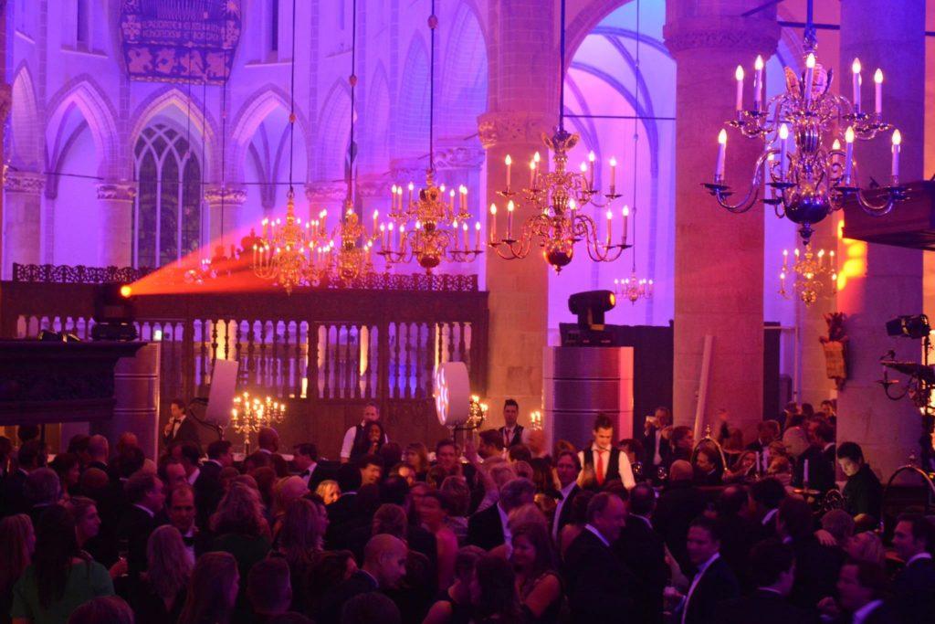 Champagnediner in Grote Kerk Naarden (win kaarten!)