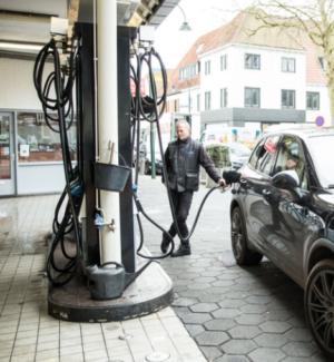 Hotspots in Laren: autobedrijf Van Wees