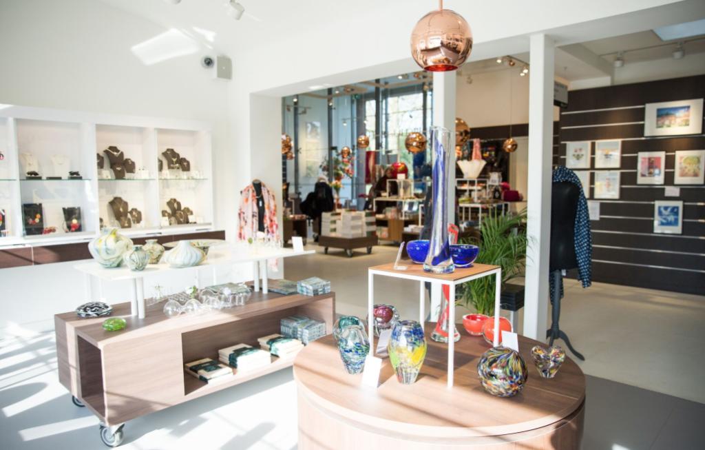 Hotspots in Laren: Singer Museumshop