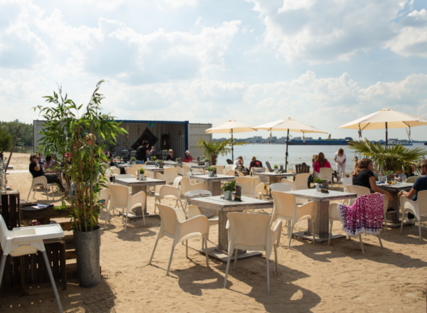 Blaricum Beach: hotspot terras in 't Gooi