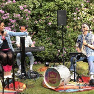 Danspaleis van Kooten in de tuin